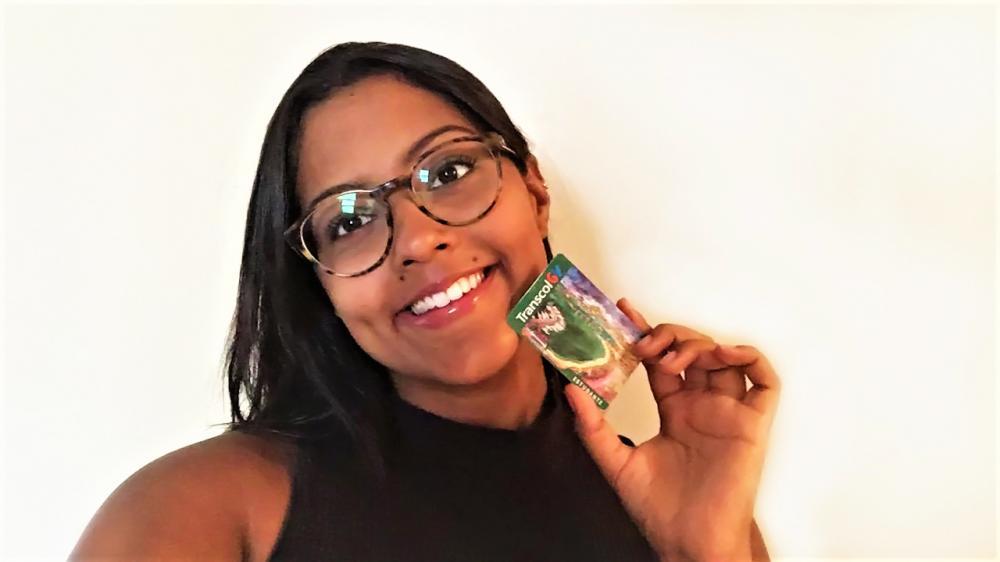 A estudante Mariana Alves cursa Direito na Ufes e faz estágio no período das férias.