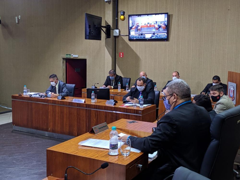 Secretária Clenir Avanza será convocada à sessão especial