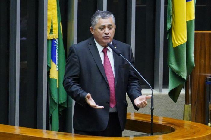 Deputado José Guimarães: