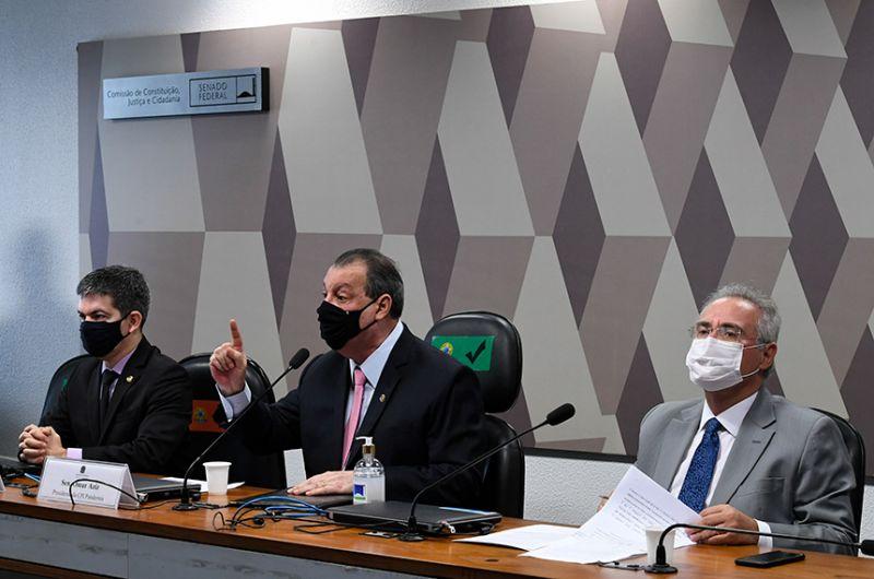 Sala da CPI recebeu medidas de proteção contra contágio, como divisórias de vidro e limite de ocupação - Edilson Rodrigues/Agência Senado