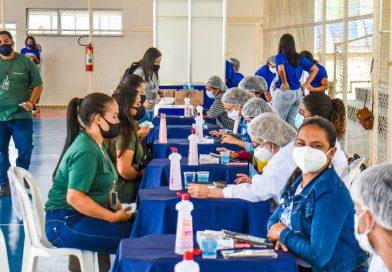 A ação segue o Plano Nacional de Imunização e respeita a ordem estabelecida pelo Ministério da Saúde.