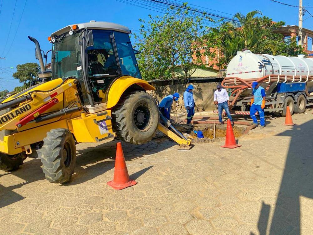 Linhares: Saae realiza manutenção em rede coletora de esgoto de Bebedouro